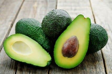 Avocado olie verwerkt in Purity Herbs producten bijzonder geschikt voor een droge huid